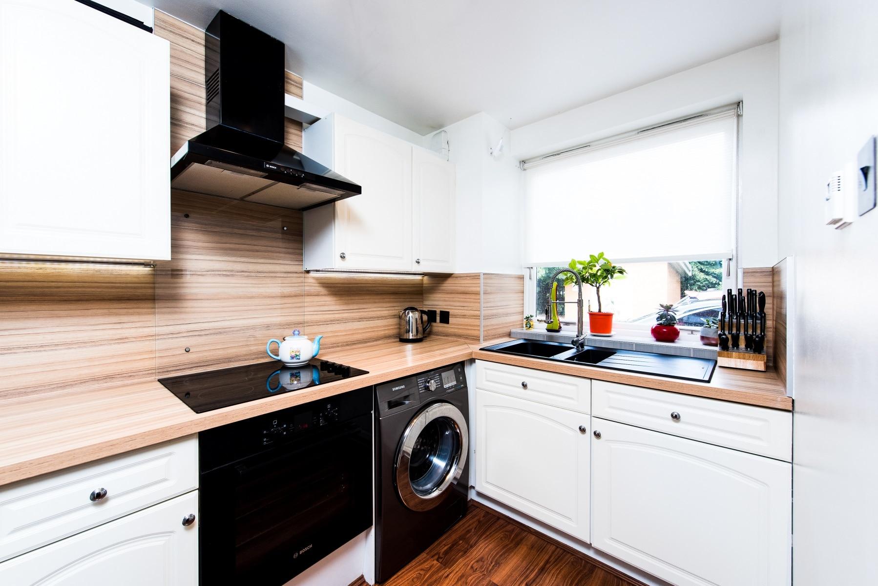 Complete kitchen renovation in Docklands